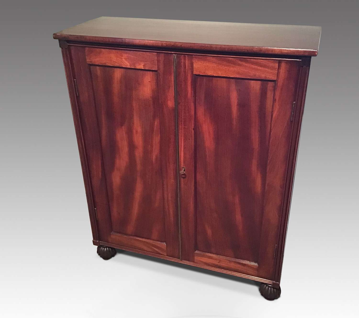 Sidecabinet
