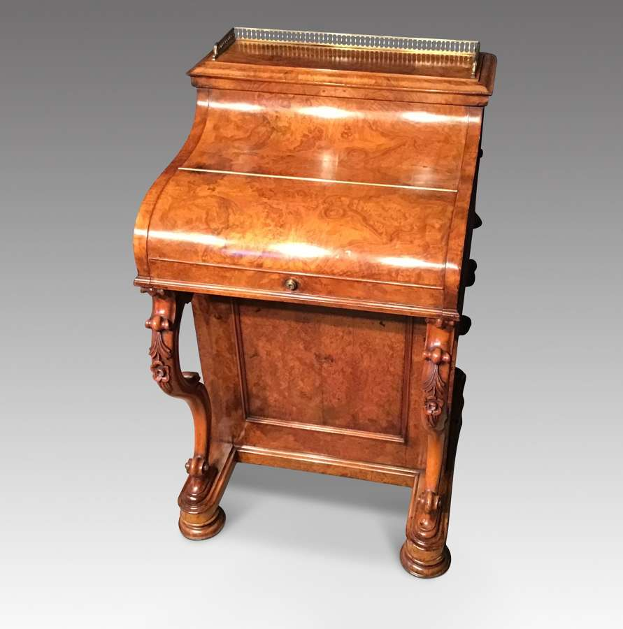 Antique Victorian Walnut Davenport