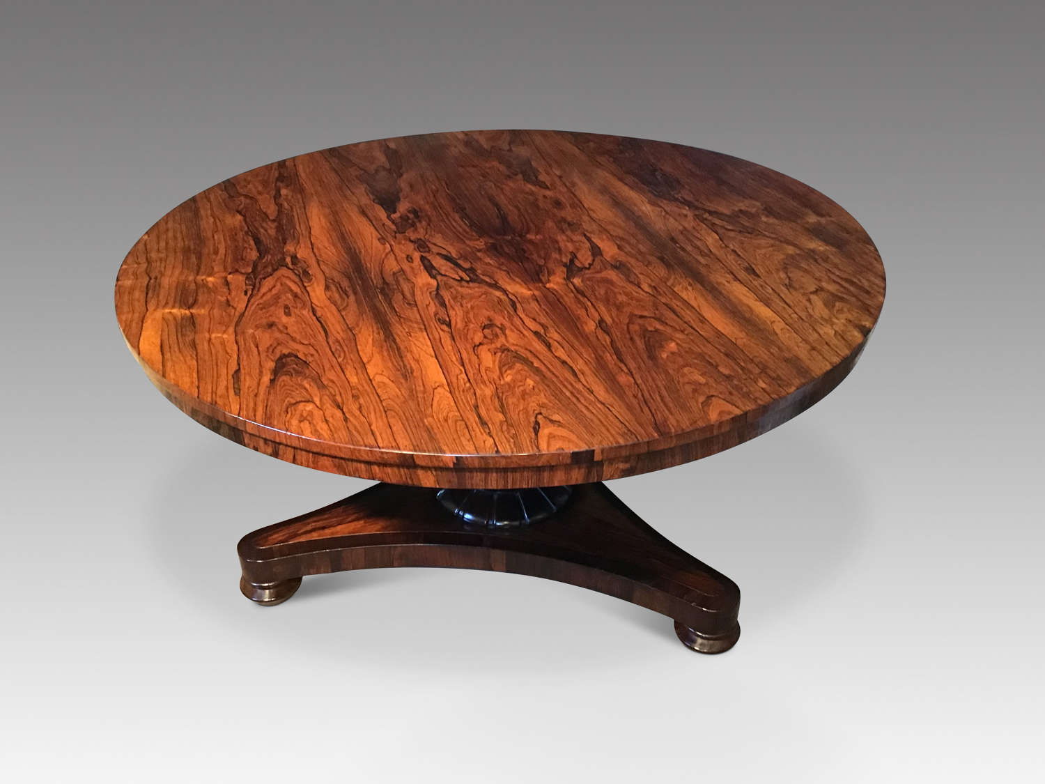 Antique William IV rosewood breakfast table.