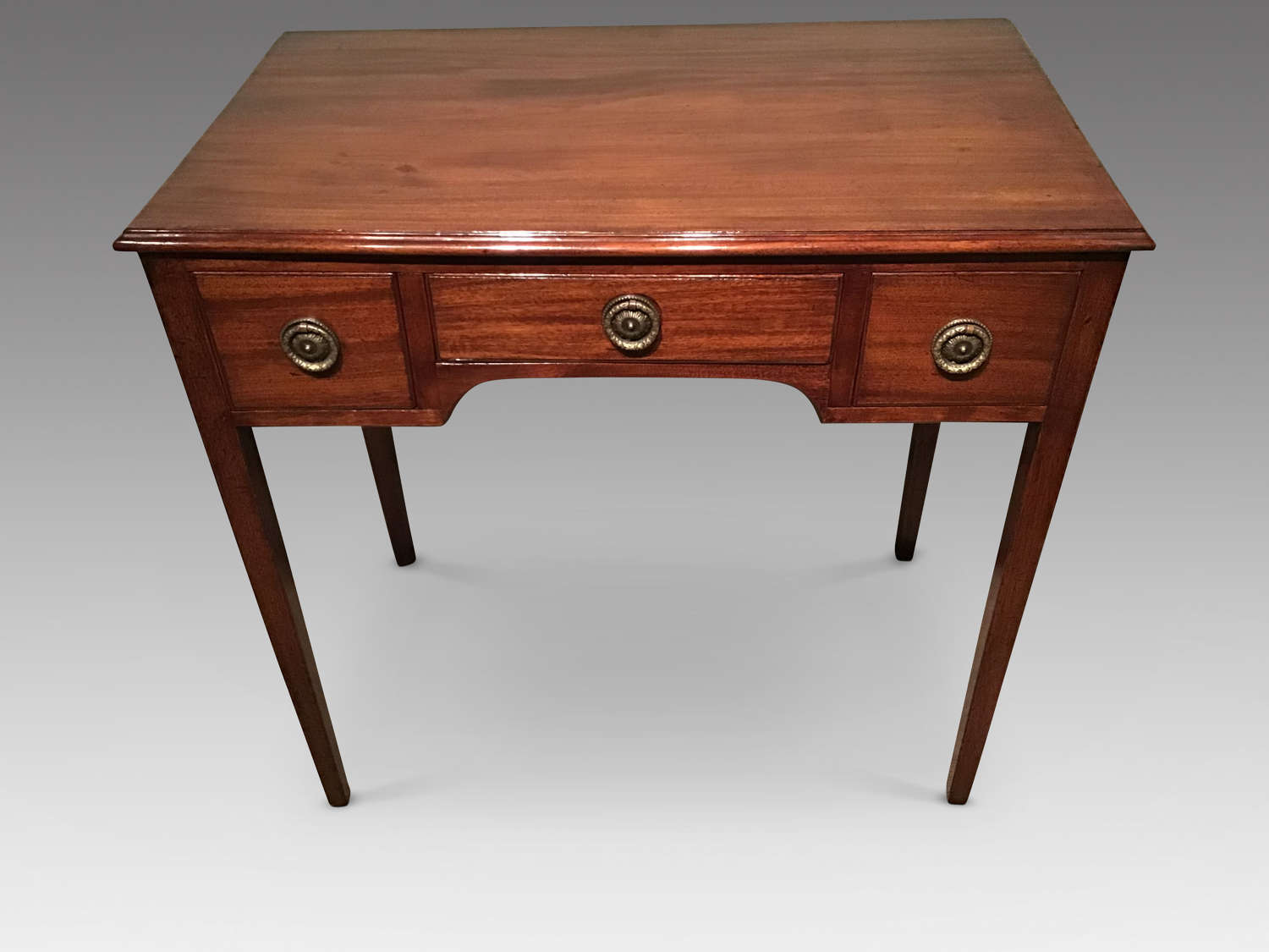 Antique Georgian mahogany lowboy.