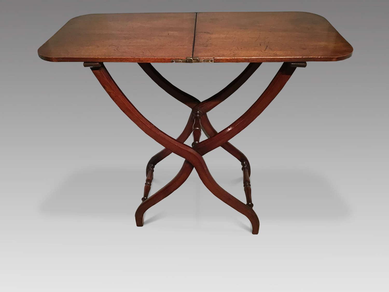 Antique mahogany coaching table