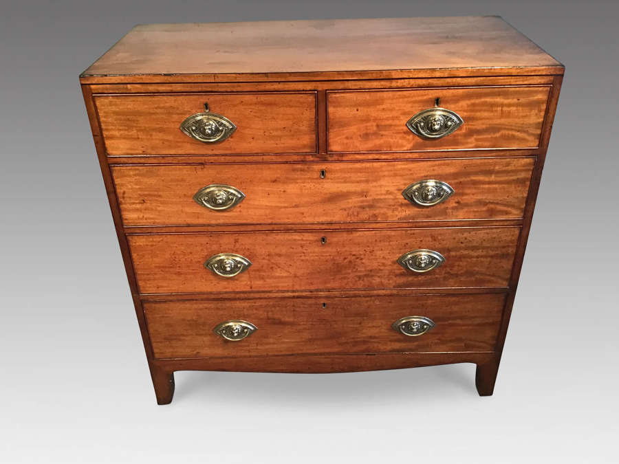 Regency mahogany chest of drawers.